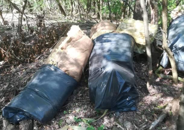 rifiuti parco roccolo canegrate