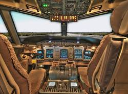 cabina pilotaggio aereo