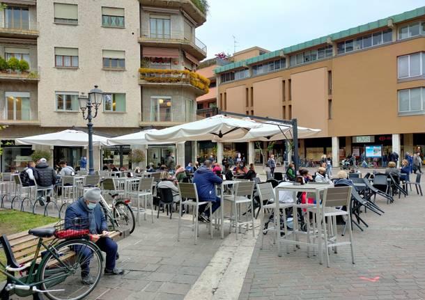 Zona gialla, prima mattina al bar a Saronno dopo le chiusure
