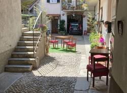 Angera, i bar nei cortili del borgo