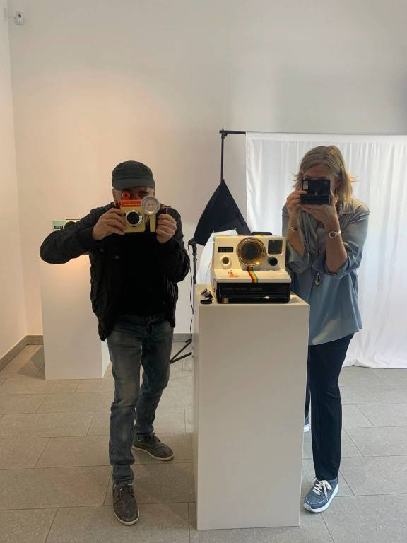 Giorgio Laveri torna a Varese per il finissage della mostra Volver e #Hashtag #Sei