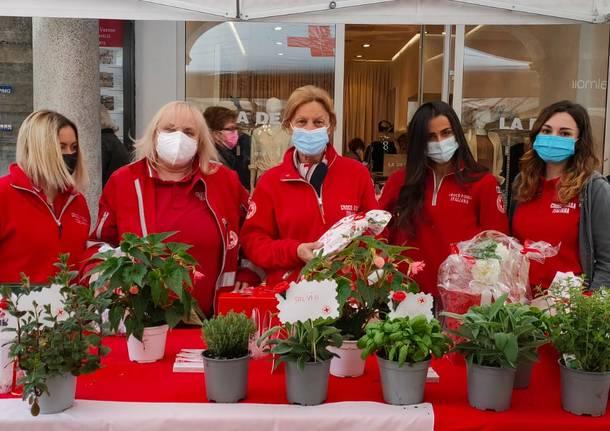 La Croce Rossa a Varese in occasione della Giornata della Croce Rossa e Mezzaluna Rossa