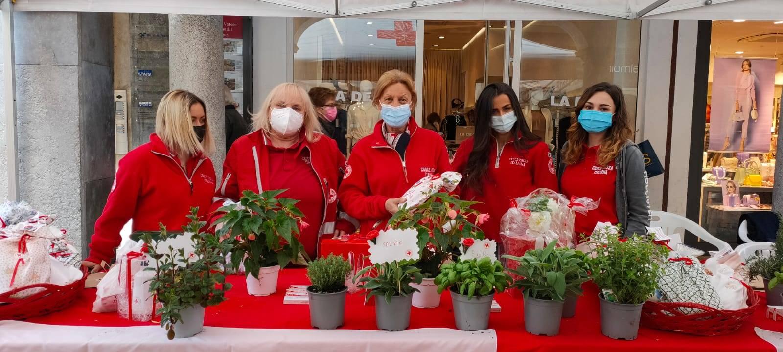 Giornata mondiale della Croce Rossa a Varese