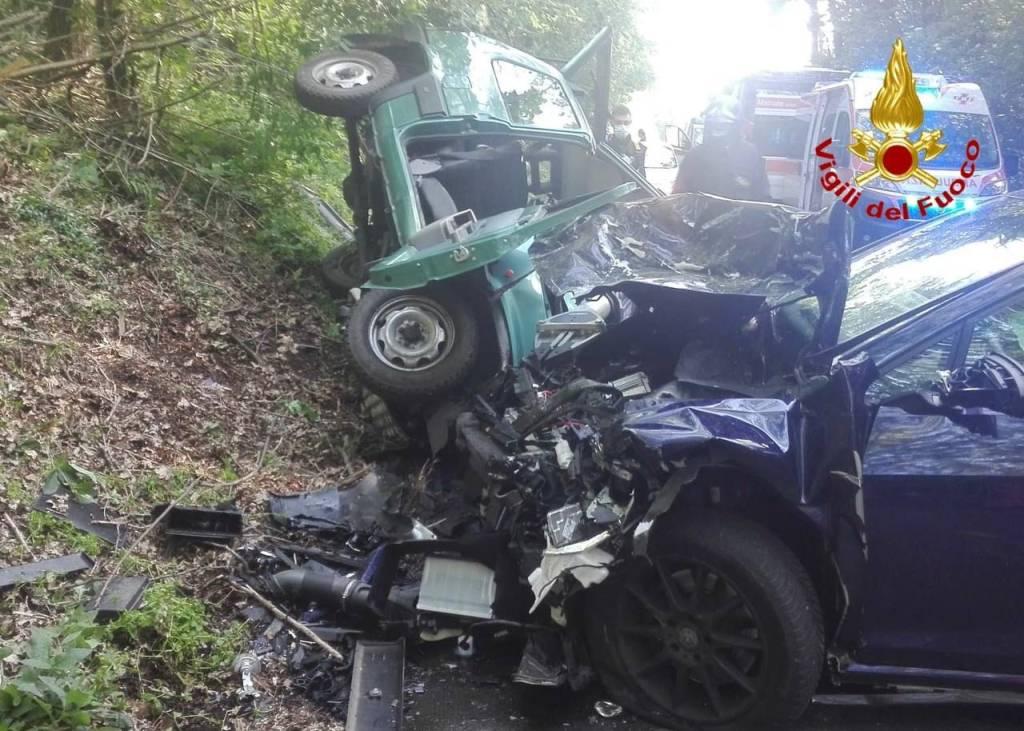 Incidente sulla strada tra Malnate e Cagno