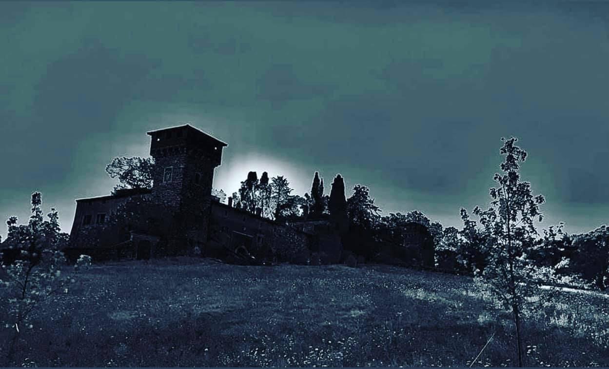 Induno Olona, notte al castello - foto di Luca Fava