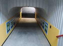 Lomazzo, il sottopasso della stazione si tinge di colore. Inaugurate le opere realizzate dagli studenti