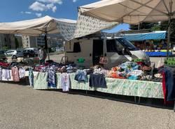 mercato in piazza de Gasperi, varese