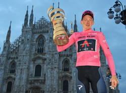 tao geoheghan hart giro d'italia maglia rosa 2020