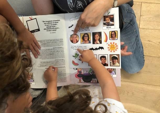 Figurine di bambini e maestre per l'album dell'asilo Tallachini