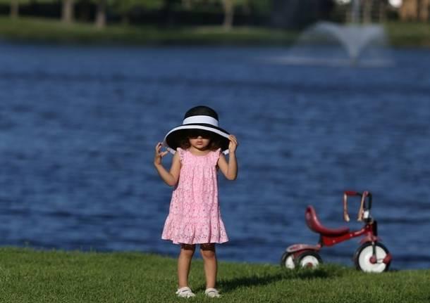 bambina lago