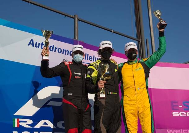 Doppio podio e tanta grinta per il saronnese Laurence Balestrini a Vallelunga