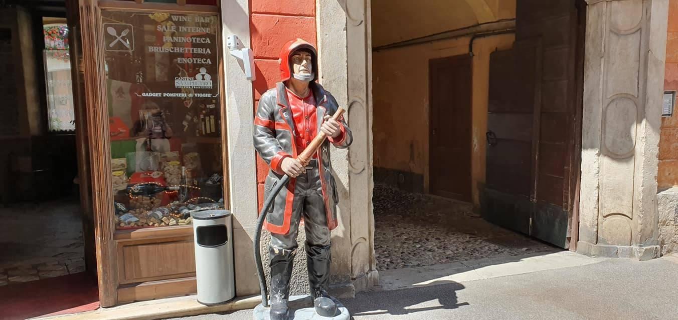 Il pompiere di Viggiù - foto di Clara Comolli
