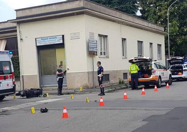 incidente moto busto arsizio polizia locale