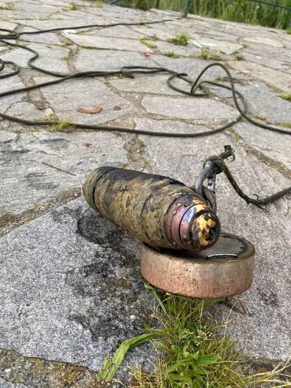 """La bomba """"ripescata"""" dal Lago di Comabbio"""