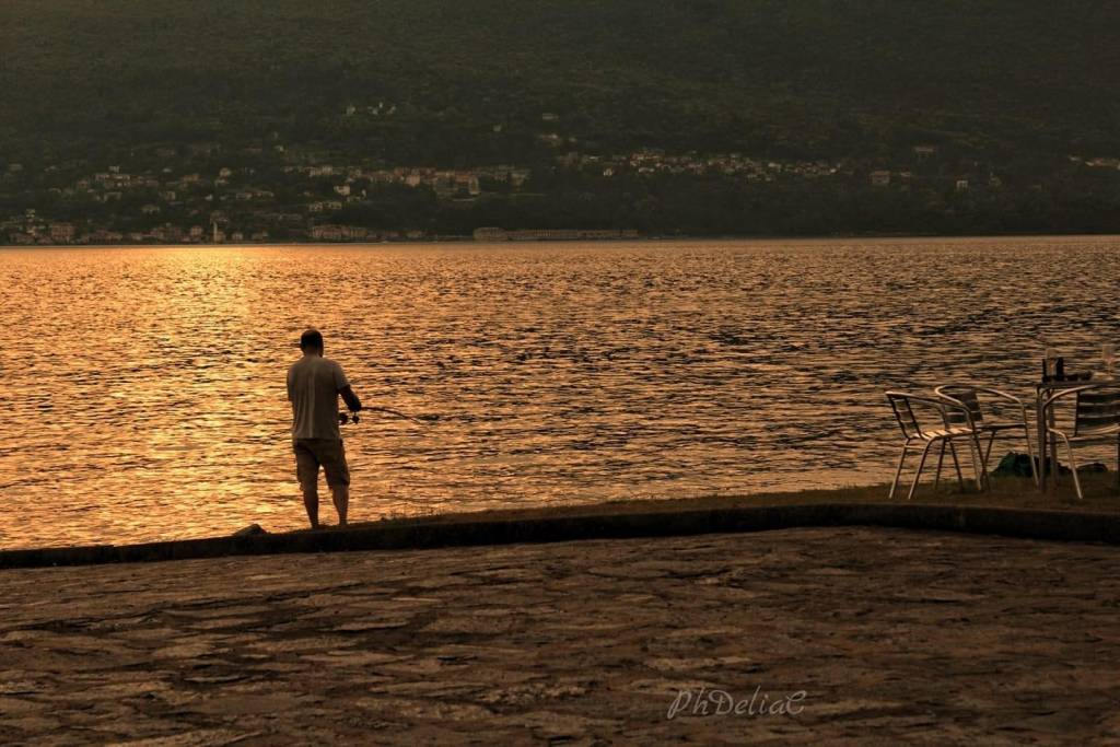 Pescatore lago maggiore - Delia ilona Ciocoiu