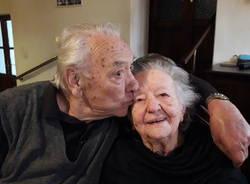 Porto Ceresio - I 75 anni di matrimonio di Enrico Buzzi e Fulvia Borsani