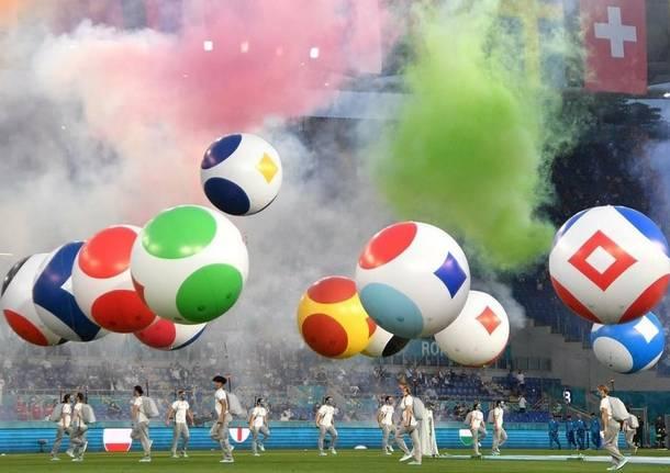 Azzate in volo alla cerimonia di inaugurazione di Uefa Euro 2020