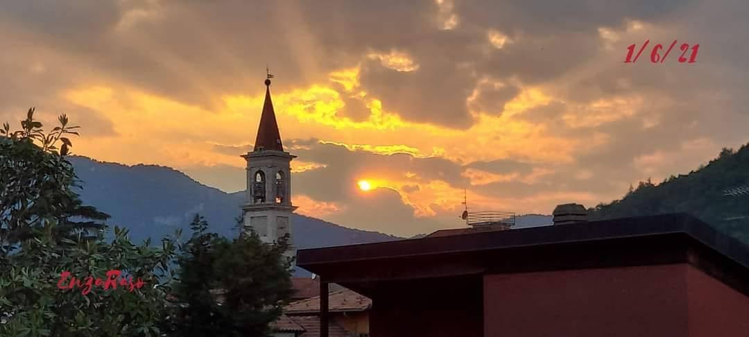 Viggiù al tramonto - foto di Enza Raso
