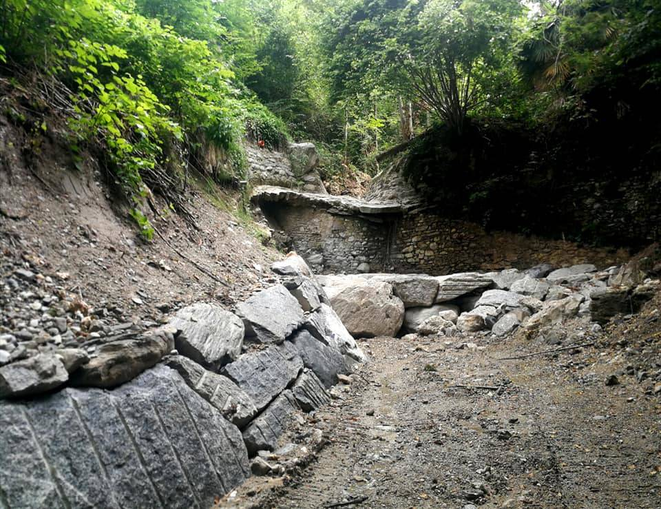 I lavori per evitare alluvioni e prevenire incendi a Luvinate