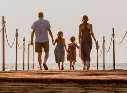 famiglia vacanza mare