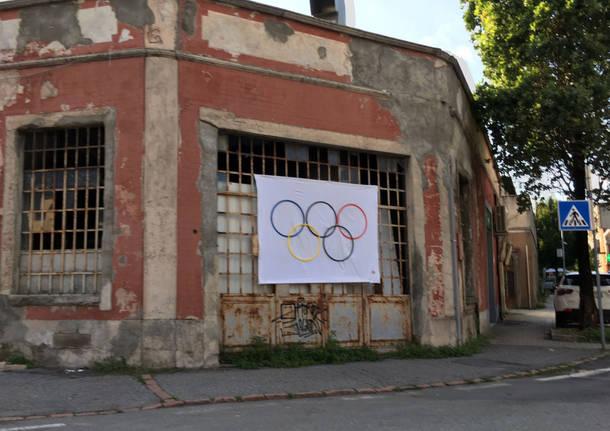Azzate bandiera olimpiadi