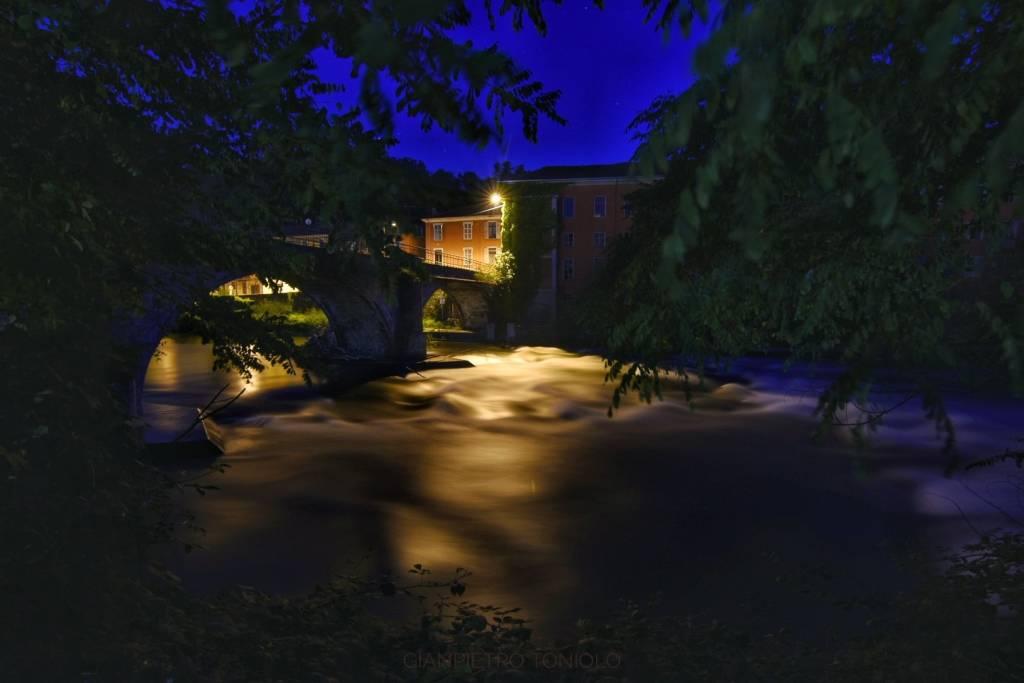 Germignaga, il fiume Tresa in piena - foto di Gianpietro Toniolo