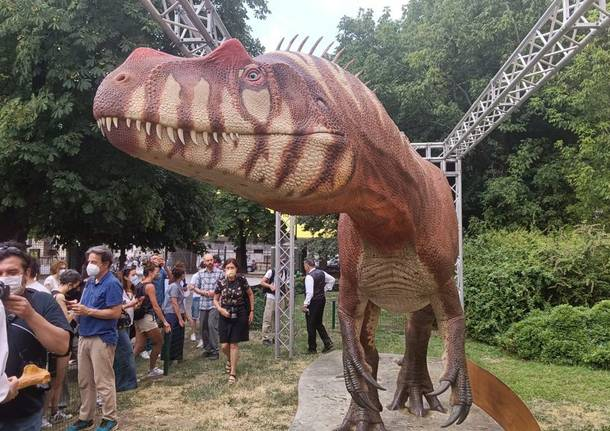 Il saltriosauro sbarca a Milano
