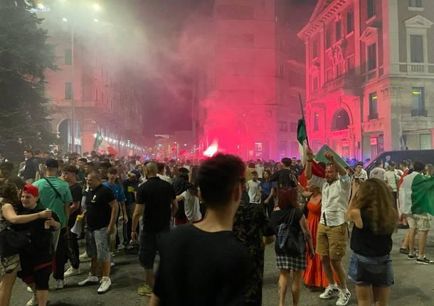 italia inghilterra festa varese