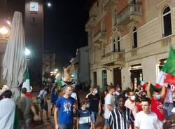italia inghilterra festeggiamenti busto arsizio