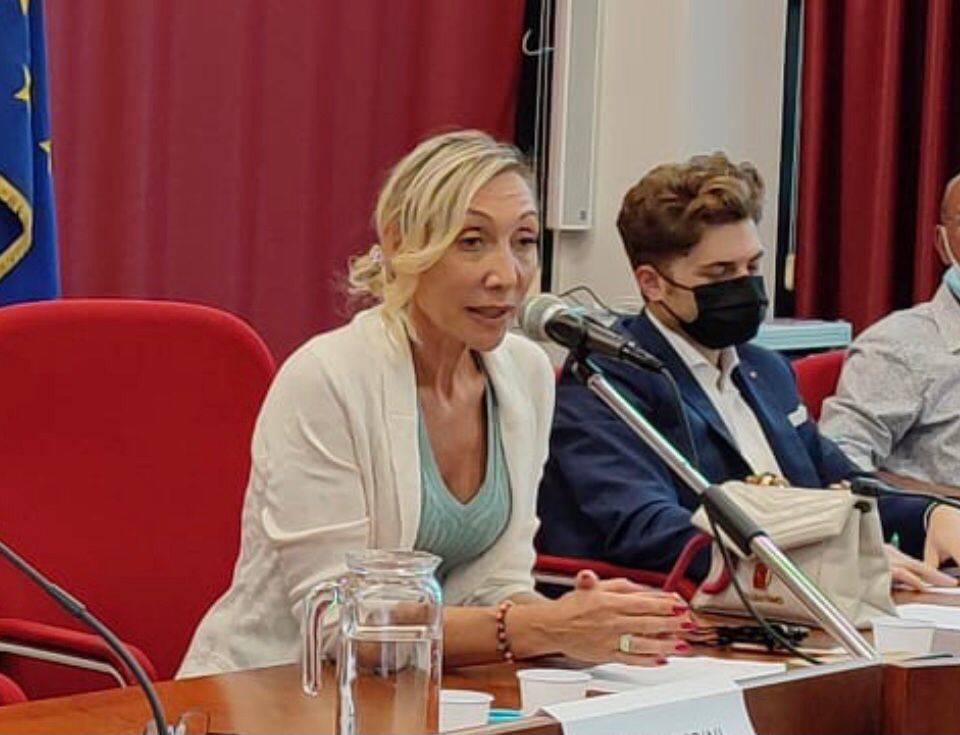 Katia Iura, candidata del centrodestra a Villa Cortese