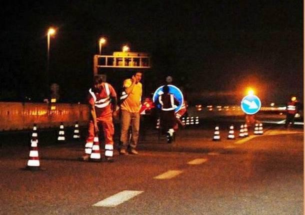 lavori autostrada notte