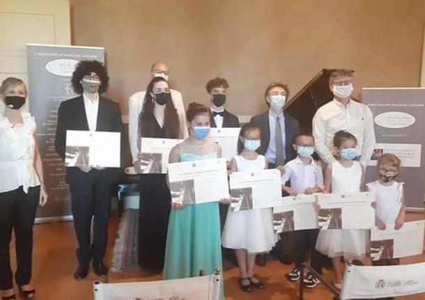 premiazione in villa oliva pianoforte cassano magnago