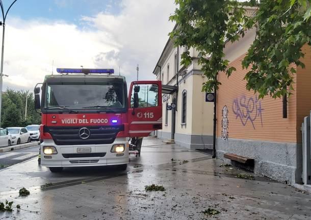 vagone in fiamme parabiago