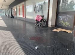 aggressione senza tetto via milano varese 25 agosto