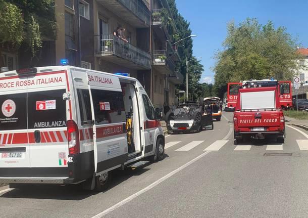 incidente ambulanza gallarate