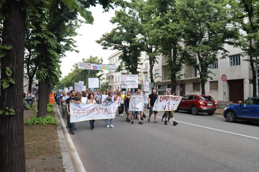 protesta no vax busto arsizio