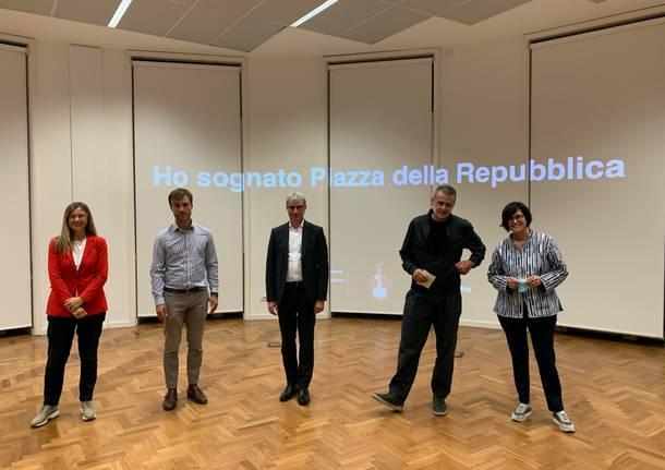 """""""Ho sognato piazza Repubblica"""""""