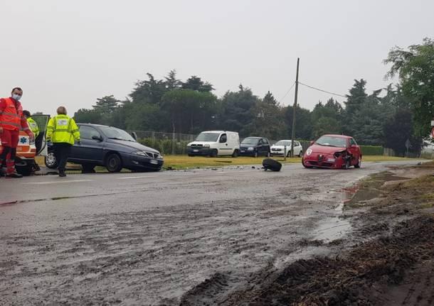 incidente stradale via novara busto arsizio