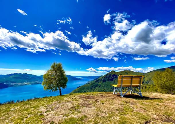La prima big bench del Lago Maggiore