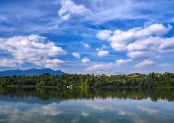 Nuvole e colori sul Lago di Varese