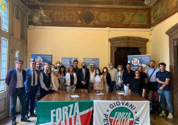 presentazione lista forza italia busto arsizio