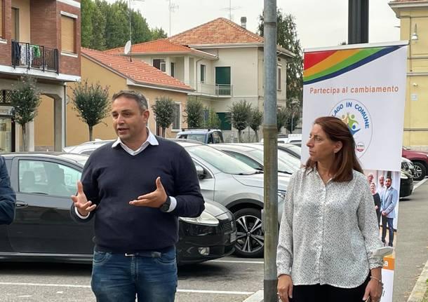 Sanità pubblica e sociale: al gazebo di Cislago in Comune il consigliere regionale Samuele Astuti