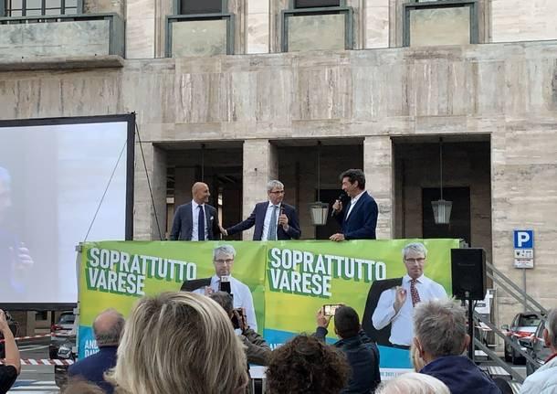 Sindaci di Lombardia in piazza per sostenere il sindaco Galimberti