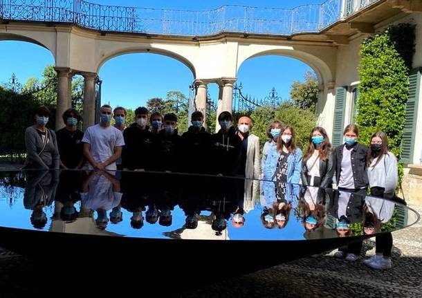 studenti sesto calende a villa panza