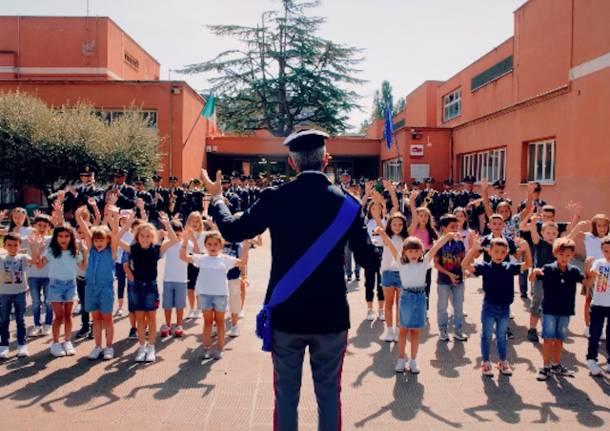 torneremo a scuola bambini canzone polizia di stato