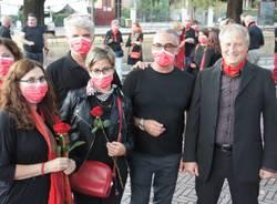 Violenza contro le donne, il flash mob a Caronno Pertusella
