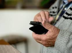Anziani smartphone