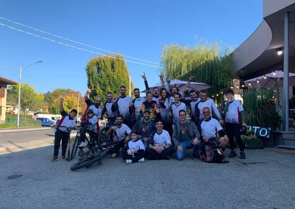 """I """"Mufloni della Valcuvia"""" da bikers a volontari salva sentieri"""