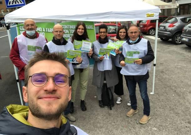 I volontari di Galimberti in piazza a Varese