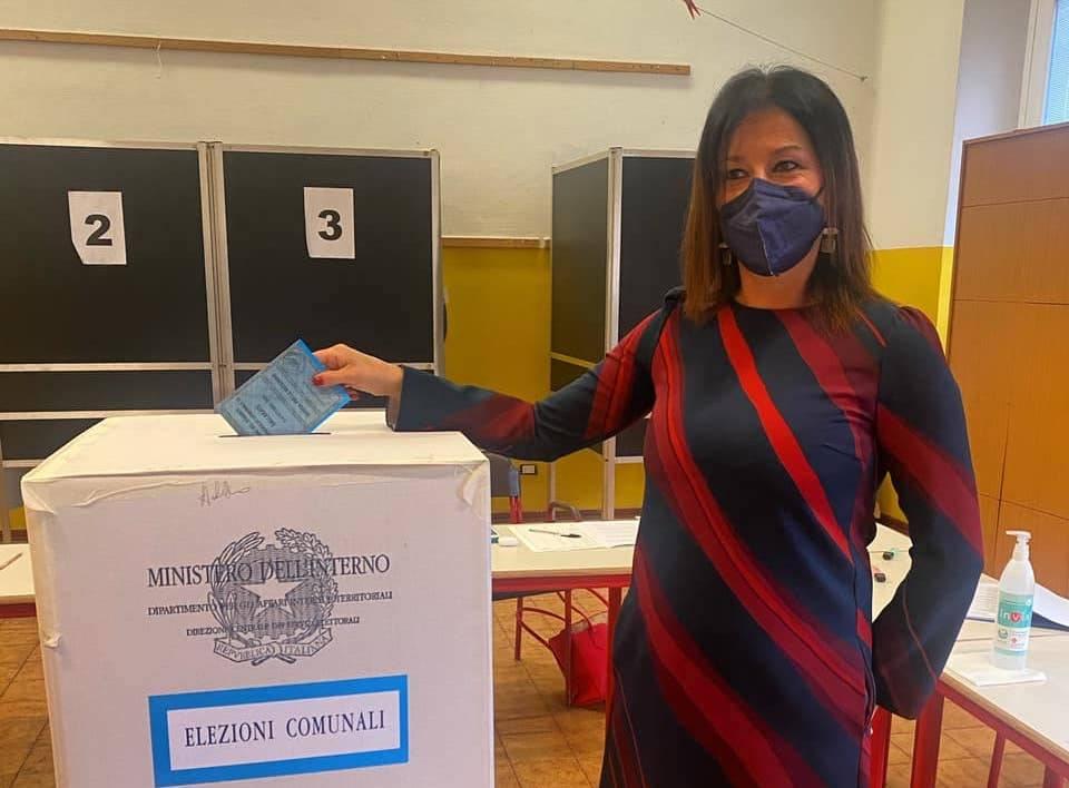 Il voto dei candidati sindaco a Gallarate